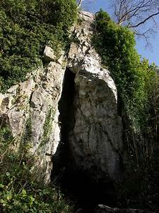 Cathole Cave - ... Outside