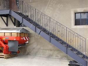 escalier exterieur escaliers decorsr With maison avec escalier exterieur 2 ferronnerie rampe