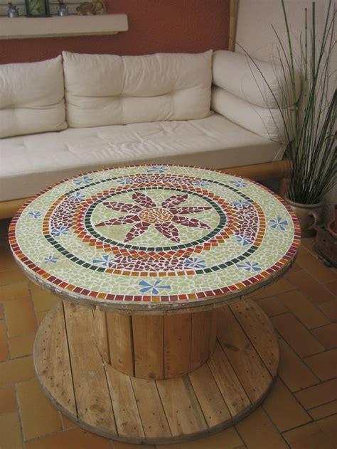 customiser cuisine en bois table touret en mosaïque des petites mains magouilleuses