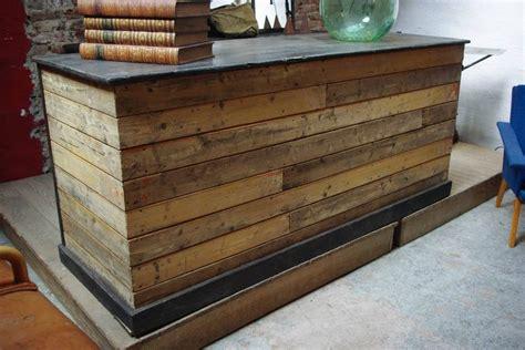 fabriquer un comptoir de cuisine en bois plan bar en palette de bois mzaol com