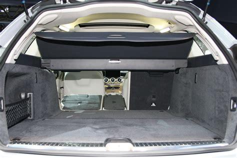 Ganz sicher auch für sie, oder? Galerie: Mercedes-Benz C-Klasse T-Modell 2014, Kofferraum | Bilder und Fotos