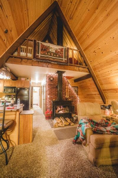 tiny home owners decorated   holidays