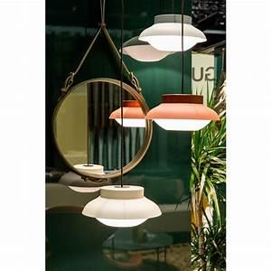 Spiegel Rund 70 Cm : gubi adnet spiegel rund 58 cm schwarz nunido ~ Whattoseeinmadrid.com Haus und Dekorationen