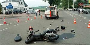 Accident De Voiture Mortel 77 : qui vrain accident mortel entre une moto et une voiture la dh ~ Medecine-chirurgie-esthetiques.com Avis de Voitures