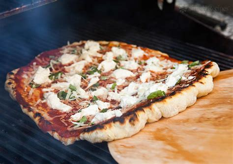 How To Grill Pizza, Grilled Pizza Recipe