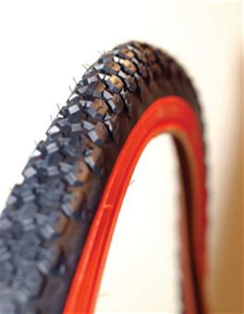 kenda  cruiser tire black  red sidewall