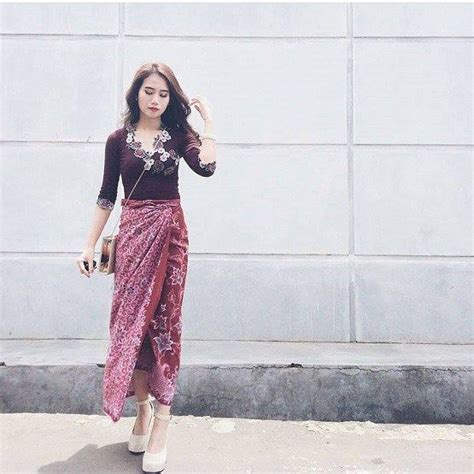 gambar model kebaya modern  remaja pakaian wanita