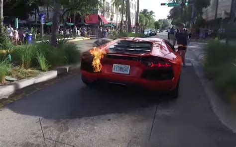Valet Parking Lamborghini Fail by Valet Driver Is Put In Charge Of Lamborghini Gets It A