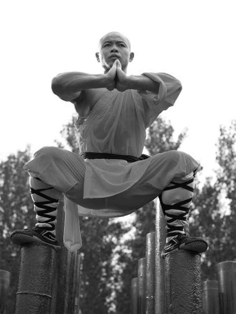 shaolin monks training  amazing pictures truth