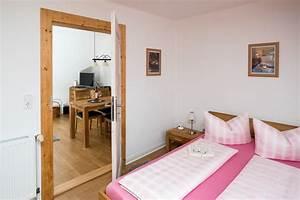 Bett Im Wohnzimmer Integrieren Deko Ideen Bett Im Wohnzimmer