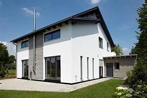 hausfassade gestalten holz 3 hausanstrich pinterest With französischer balkon mit gartenzaun neu streichen