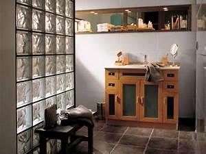 Mur En Brique De Verre Salle De Bain : cloison brique de verre entre salle de bain et chambre ~ Dailycaller-alerts.com Idées de Décoration