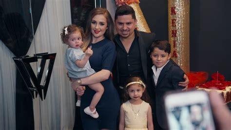 Los Hijos De Larry Hernández Lo Pasan Mal Cuando Su Papá