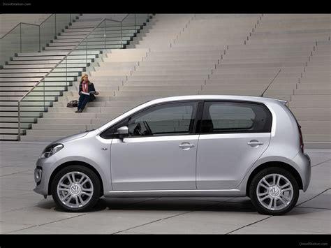 4 Door Volkswagen volkswagen up 4 door 2013 car image 04 of 42