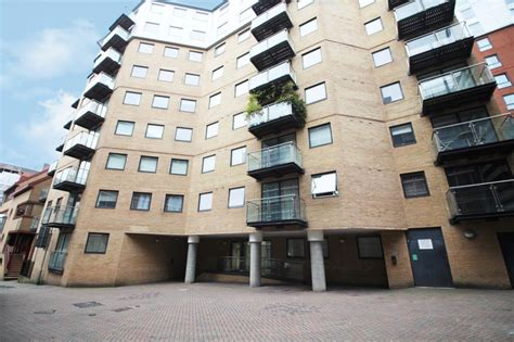 icon house merchants place reading berkshire rg  bed