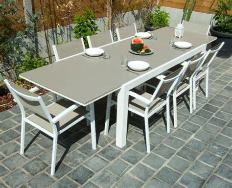 peindre chaise de jardin en plastique stunning peindre une table de jardin en plastique images