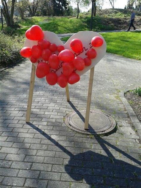 herzchen luftballon darthspiel nach dem standesamt der