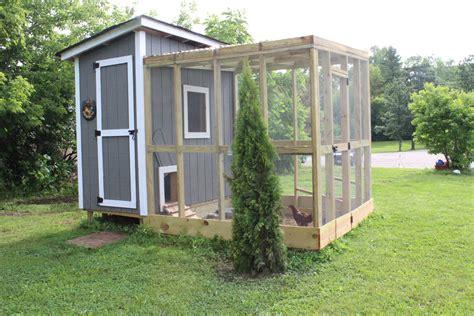 Our Backyard Chicken Coop  12 Oaks
