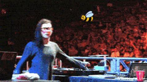 Skrillex Bee Meme - drop the bass freak out gif wifflegif