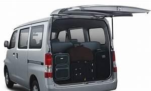 Daihatsu Indonesia  Promo Kredit Daihatsu Granmax Minibus