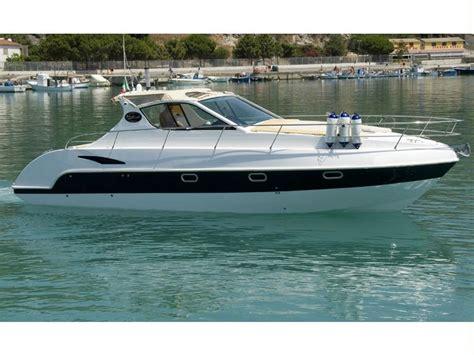 motoscafo cabinato barca mistral delta inautia it