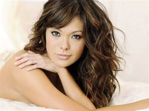 30 Best Curly Hair With Bangs