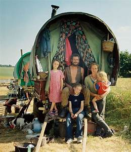 Hipster Gypsies – the New Age Look of the Modern Gypsy ...
