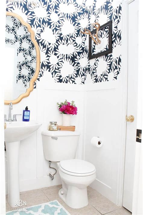How To Get Bathroom Wallpaper by 47 Best Images About Powder Room On Trellis