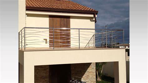 terrazzi con ringhiera ringhiere per terrazzi in ferro con ringhiera moderna