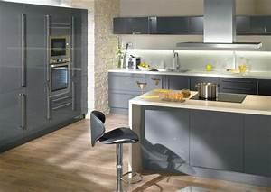 Cuisine Moderne Design : cuisine gris elite conforama 999 photo 14 20 une cuisine moderne design brillante ~ Preciouscoupons.com Idées de Décoration