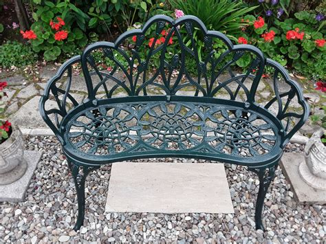 small garden bench  stirling gumtree