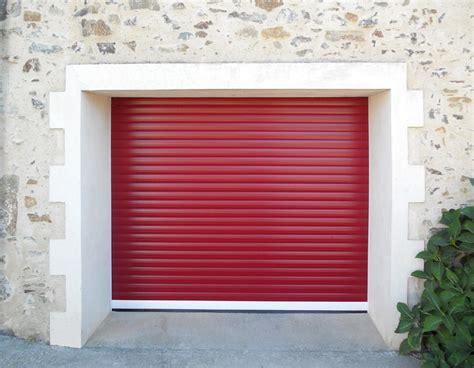 la porte de garage enroulable sur mesure