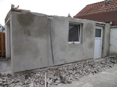 außenwand putz ausbessern projekt der garage zur werkstatt putz an der