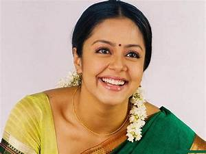 Jyothika Actress Pictures