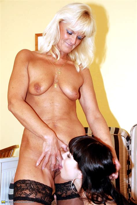 Tumbex Milf With Girl 101429143525