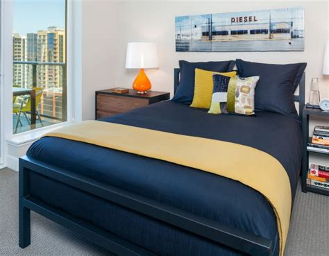 Bedroom Decor Blue And Gold by 20 Bedroom Designs With Navy Blue And Gold Accents Home