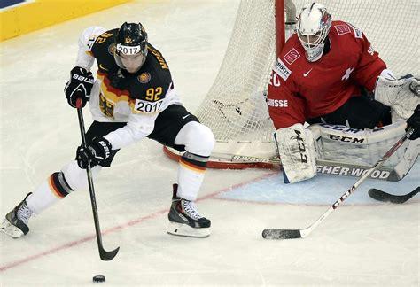 Schweiz, schweizer eishockey liga + über 100 andere eishockeyligen und cups live. Eishockey-WM: Deutschland verliert 2:3 gegen die Schweiz - Sport - Tagesspiegel