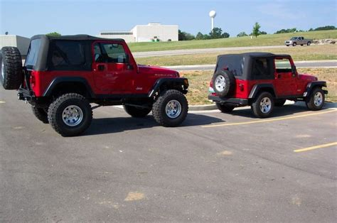 stock jeep vs lifted stock jeep vs 5 5 quot lift with 35s cing gear pinterest