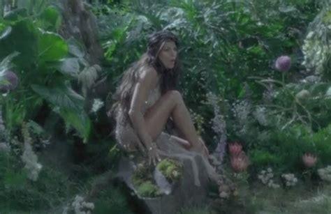 Video Black Eyed Peas  'meet Me Halfway' Rapup