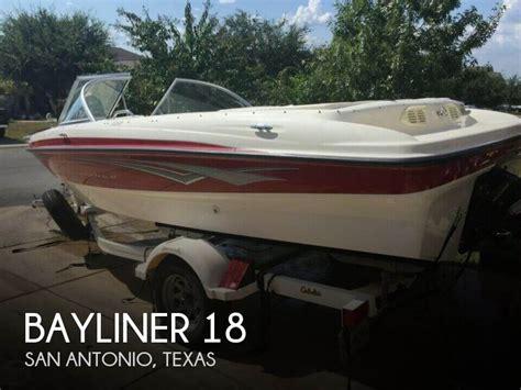 Boat Motors San Antonio by 18 Foot Bayliner 18 18 Foot Bayliner Motor Boat In San