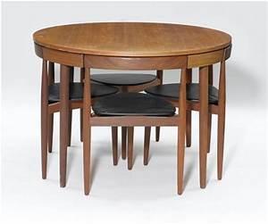 Kleiner Tisch Mit Stühlen : runder esstisch und st hle ~ Markanthonyermac.com Haus und Dekorationen