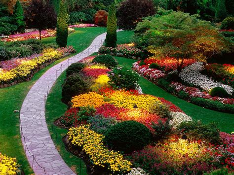 Gardens : Beautiful Butchart Gardens
