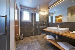 Sauna Für Badezimmer : moderne badezimmer mit infrarotkabine oder sauna bild ~ Watch28wear.com Haus und Dekorationen