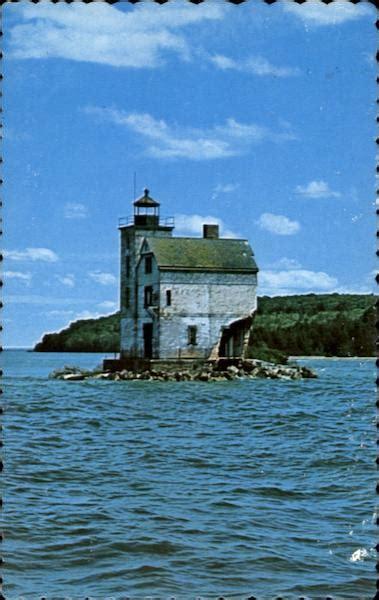 abandoned  island lighthouse michigan