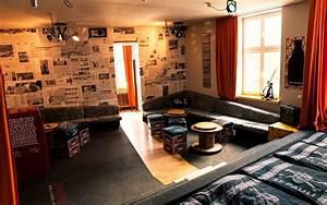 Superbude Hamburg St Pauli : superbude hotel hostel st pauli hamburg deutschland ~ A.2002-acura-tl-radio.info Haus und Dekorationen