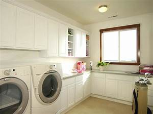 Beautiful and Efficient Laundry Room Designs