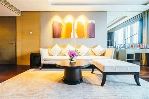 chambre d hotel moderne moderne chambre d 39 hôtel avec des images lumineuses