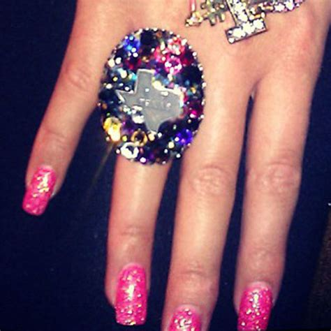 allison green hot pink glitter nails steal  style