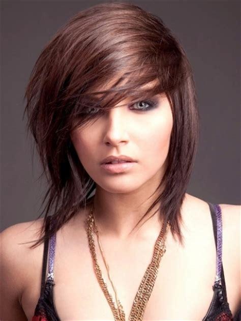 fashion medium choppy hairstyles