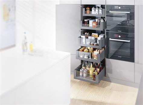 voorraadkast keuken blum voorraadkast keuken met handige indeling legrabox